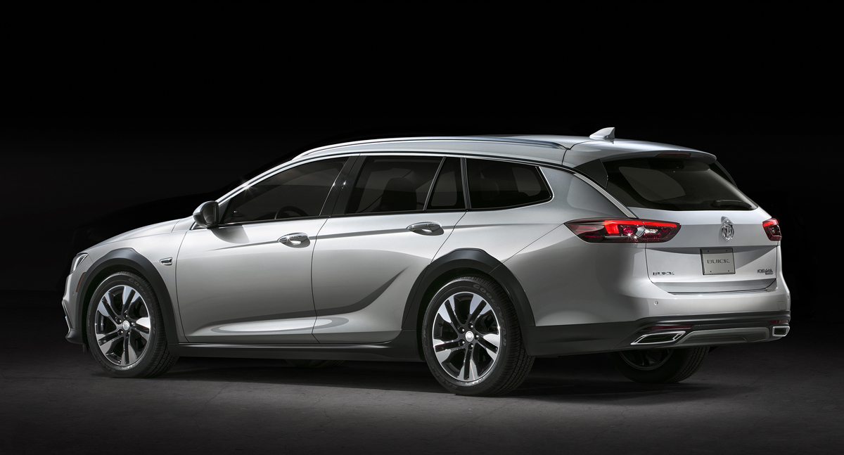 Awesome First Look 2018 Buick Regal TourX  TestDrivenTV