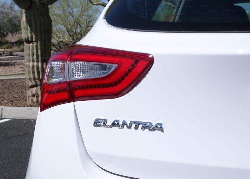Test Drive: 2014 Hyundai Elantra GT MT - TestDriven.TV
