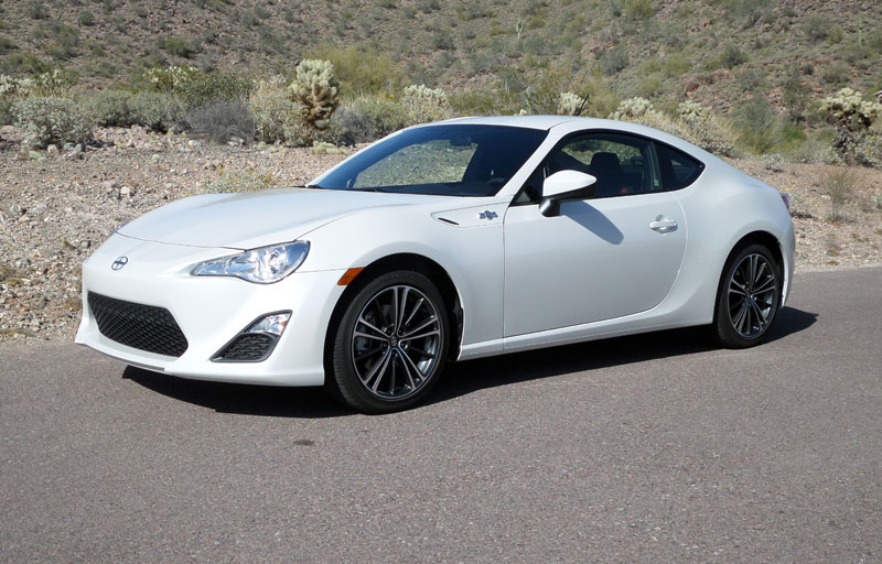 Test drive: 2014 Scion FR-S - TestDriven.TV