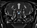 16-BMW-7-Series-11