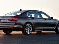 16-BMW-7-Series-3