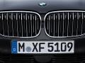 16-BMW-7-Series-5