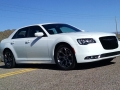 16-Chrysler-300S-4