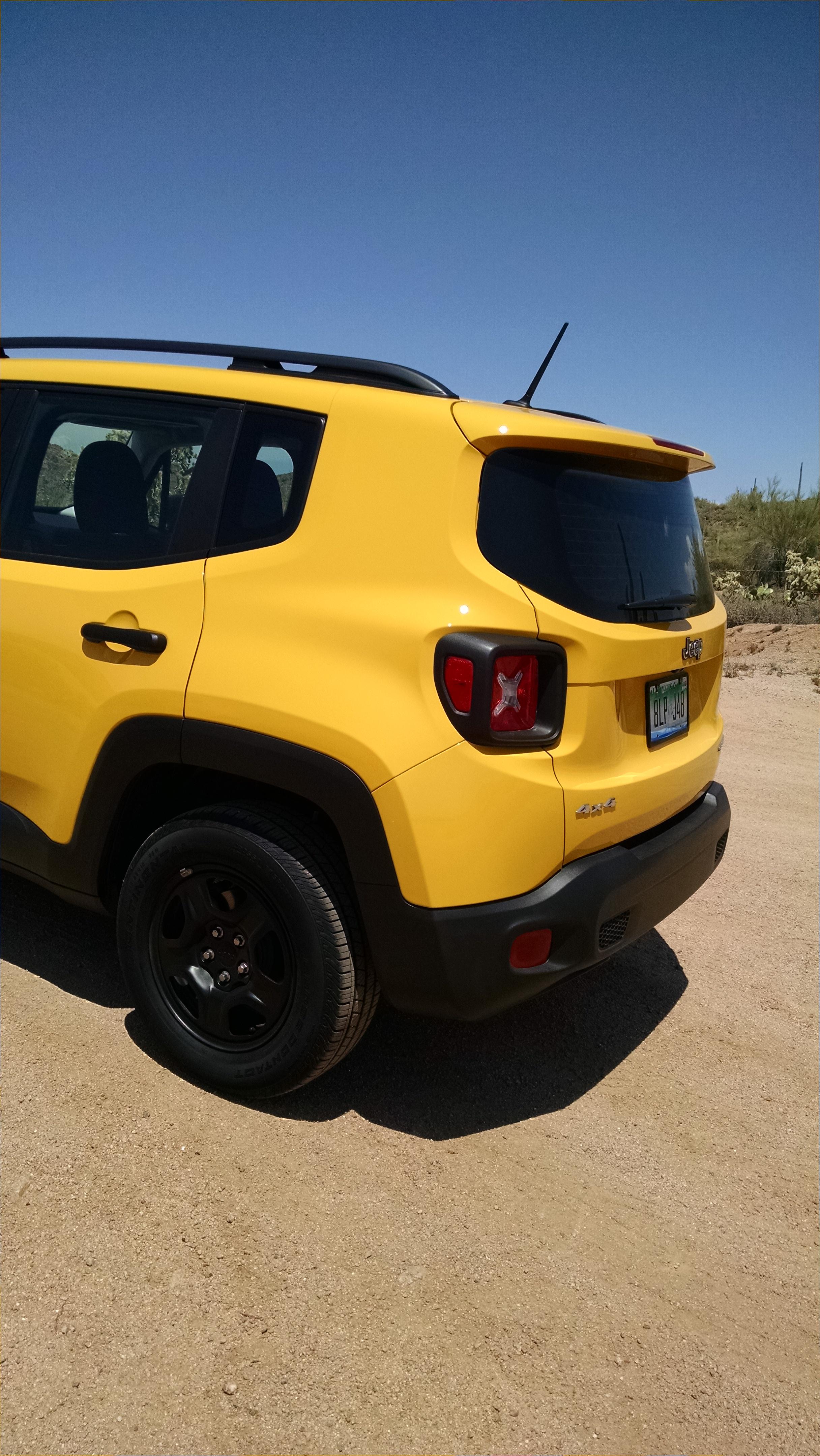 off road test 2016 jeep renegade sport 4x4 testdriven tv. Black Bedroom Furniture Sets. Home Design Ideas