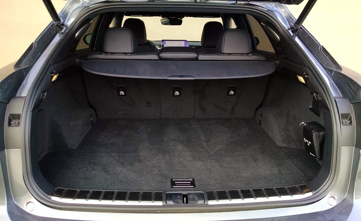 16-Lexus-RX350-48