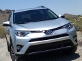 16-Toyota-RAV4-Hybrid-3