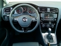 16-Volkswagen-Golf-12