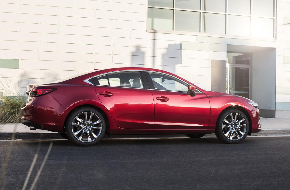2017_Mazda6_09