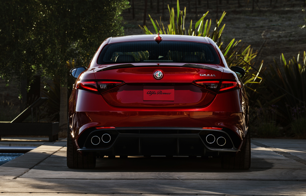 2017 Alfa Romeo Giulia Msrp >> First Look: 2017 Alfa Romeo Giulia Quadrifoglio ...