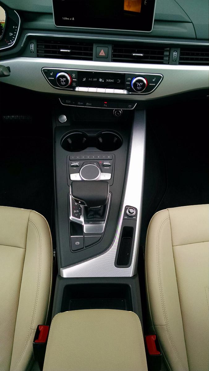 17-Audi-A4-15