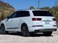 17-Audi-Q7-17