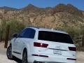 17-Audi-Q7-18