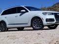 17-Audi-Q7-22