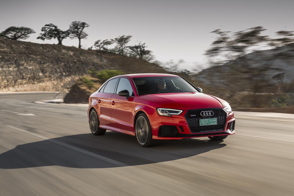 18-Audi-RS3-11