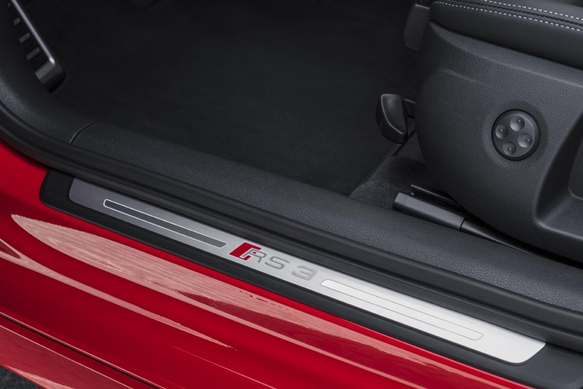 18-Audi-RS3-13