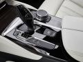 17-BMW-5-Series-12