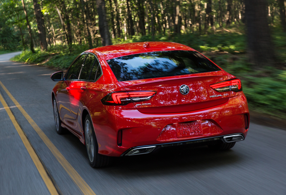 New First Look 2018 Buick Regal GS  TestDrivenTV
