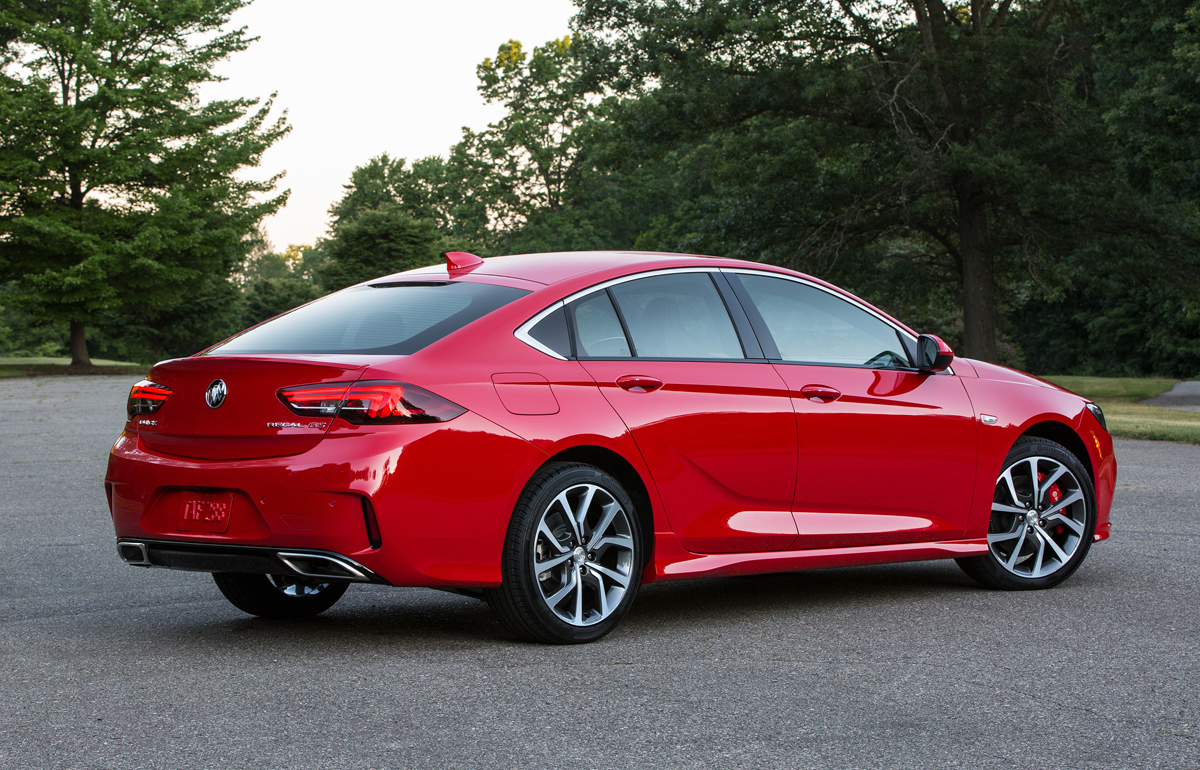 Simple First Look 2018 Buick Regal GS  TestDrivenTV