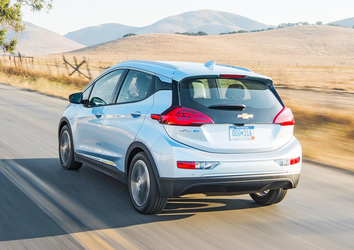 2017 Chevrolet Bolt EV: 238 Mile Range! - TestDriven.TV