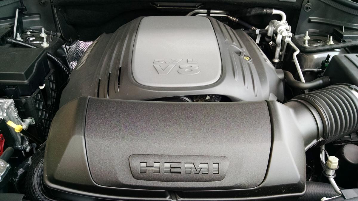 17-Dodge-Durango-Engine-6