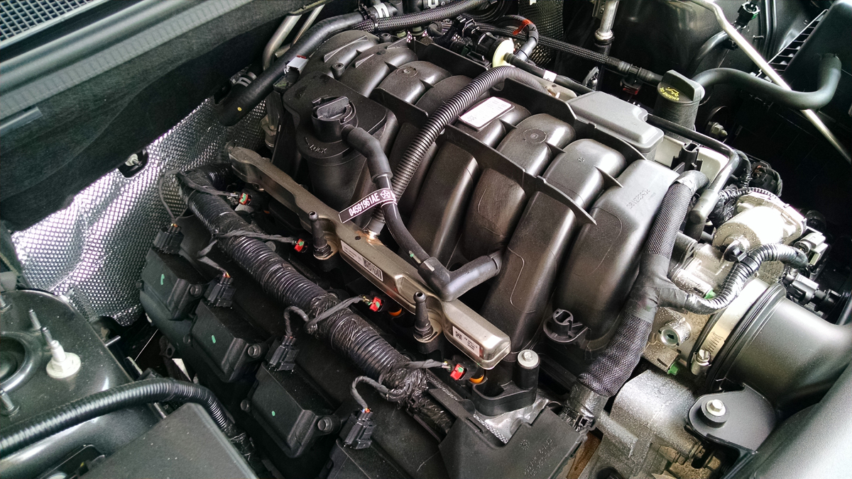 17-Dodge-Durango-Engine-8