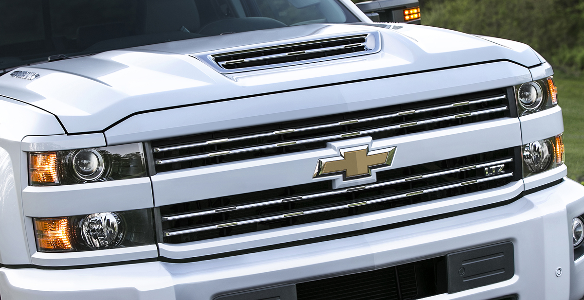 first tease 2017 chevrolet silverado hd duramax trucks testdriven tv. Black Bedroom Furniture Sets. Home Design Ideas