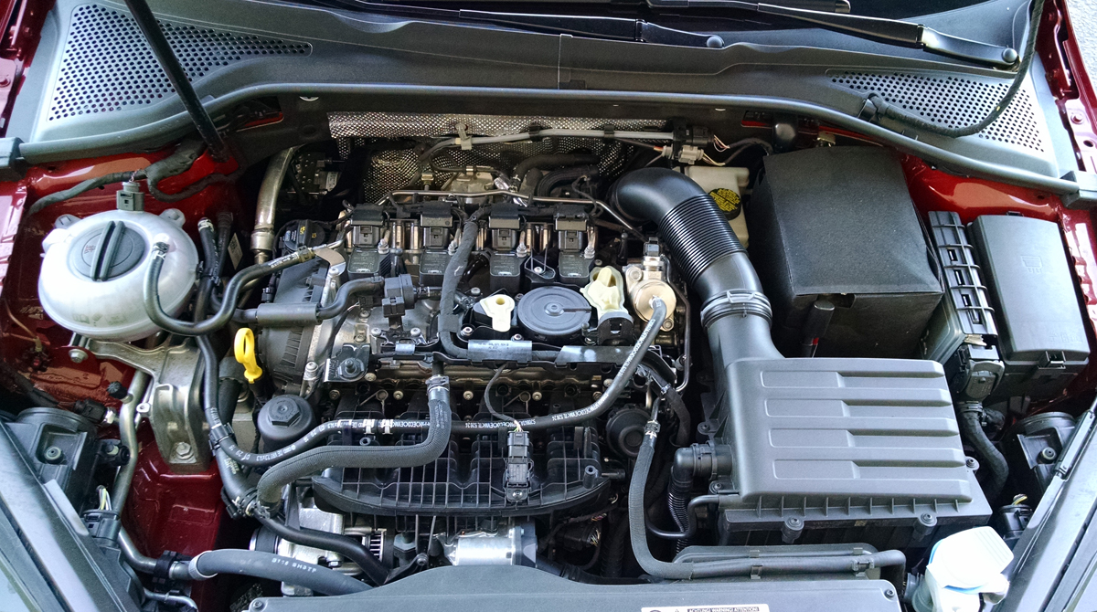 17-GTI-Engine-2