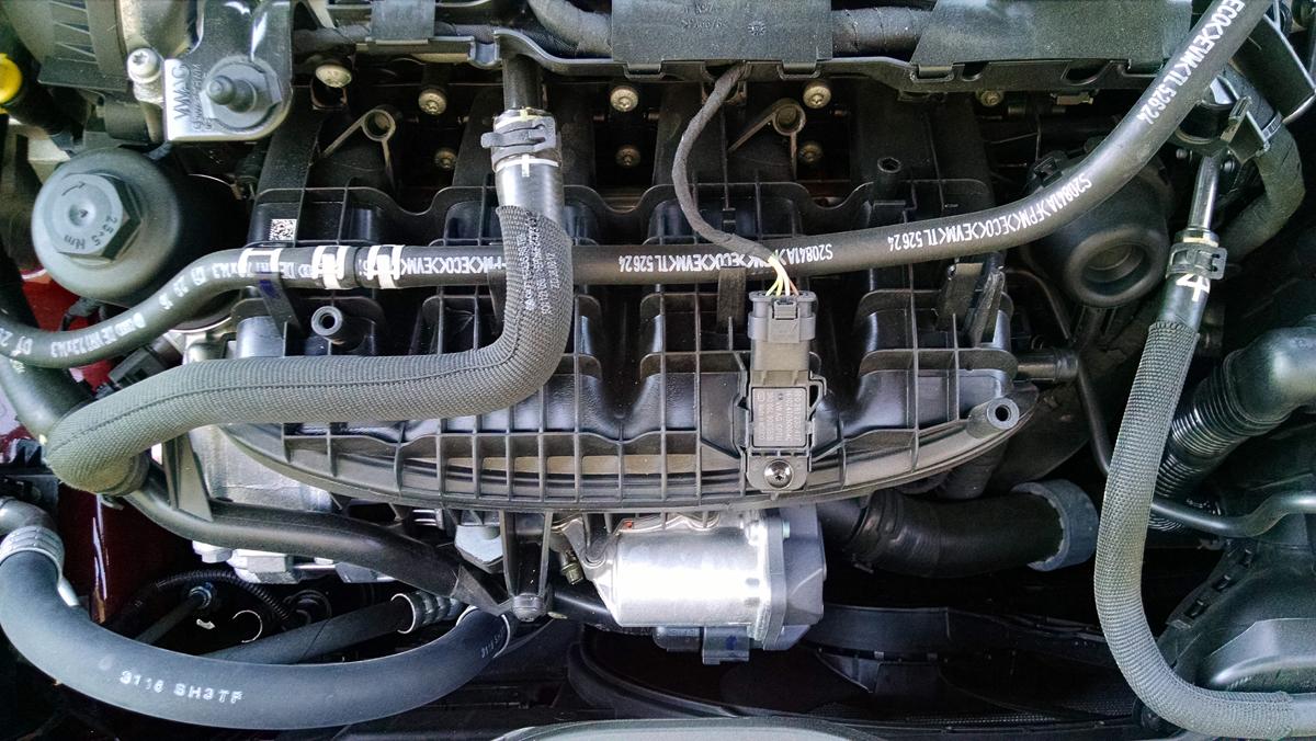 17-GTI-Engine-7
