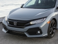 2017-Honda-Civic-Hatch-10