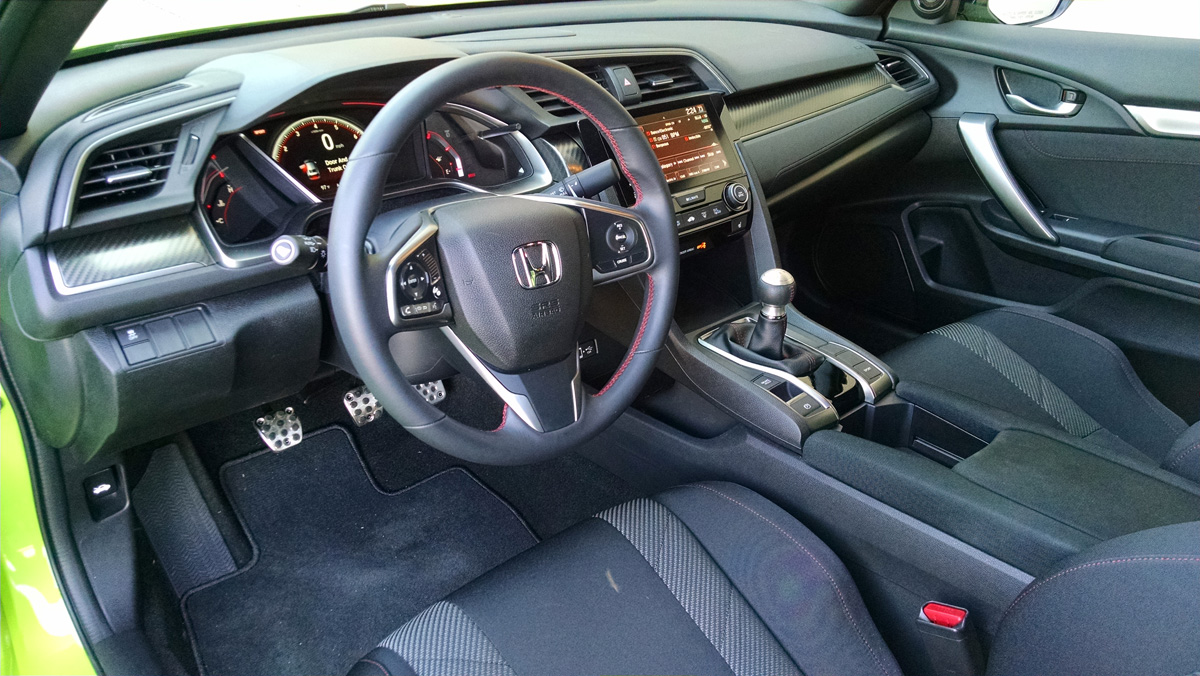 17-Honda-Civic-Si-Coupe-8