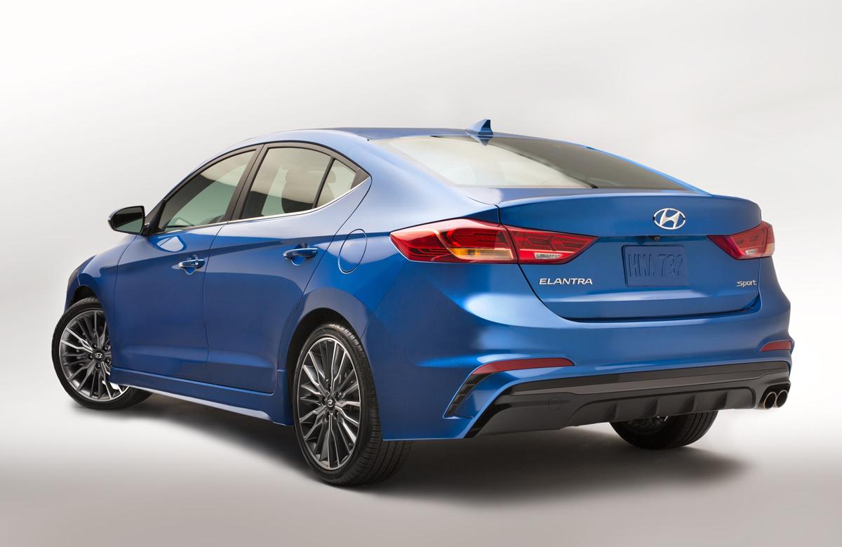 Preview 2017 Hyundai Elantra Sport TestDrivenTV