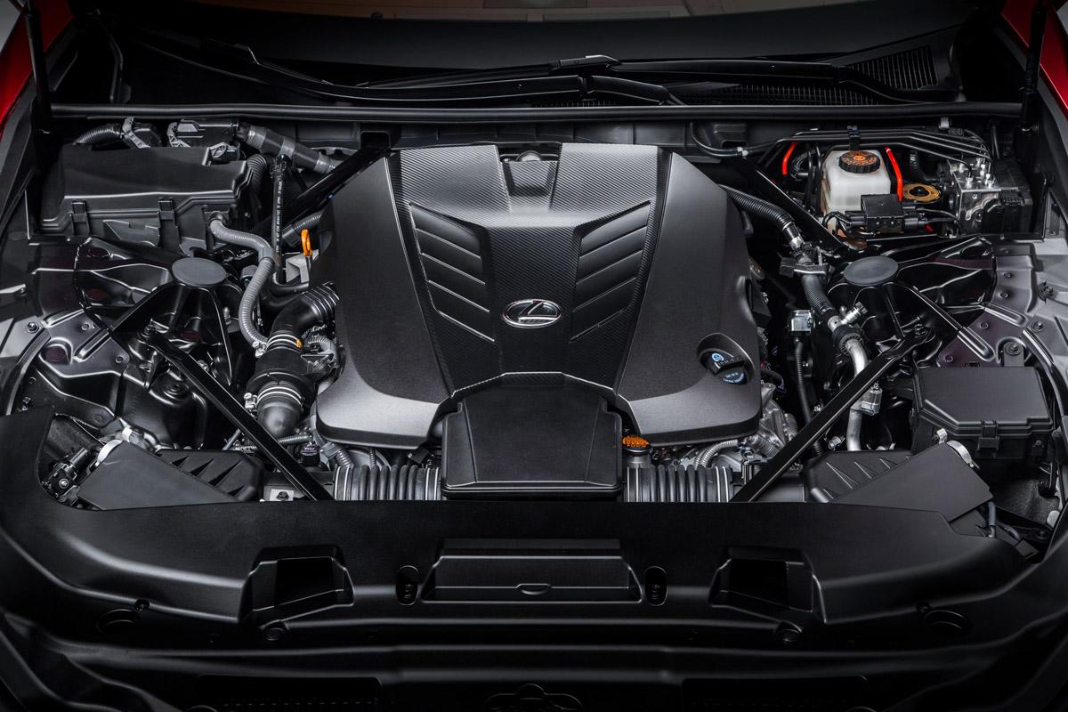 17-Lexus-LC500-15