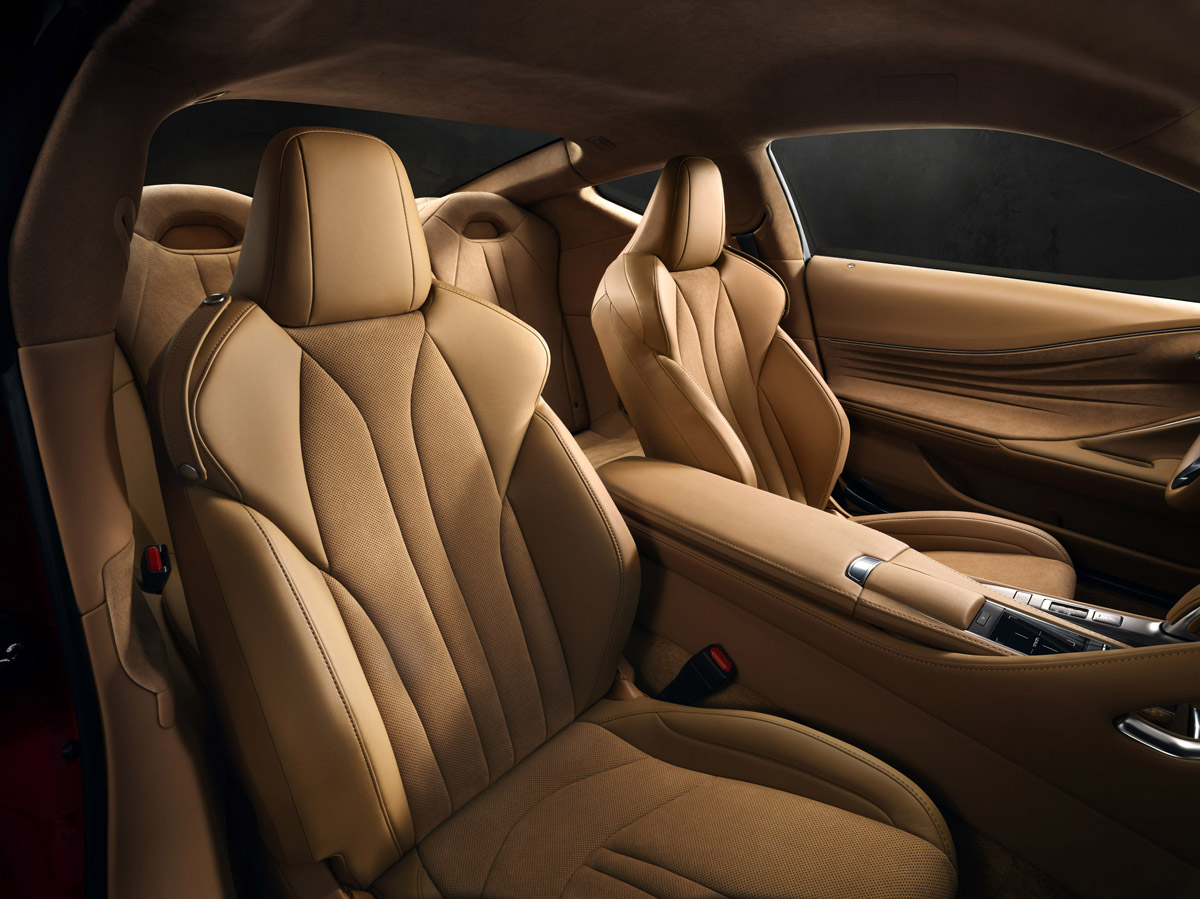 17-Lexus-LC500-17