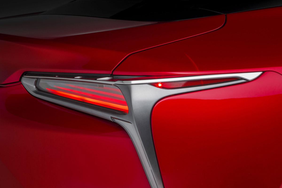 17-Lexus-LC500-9
