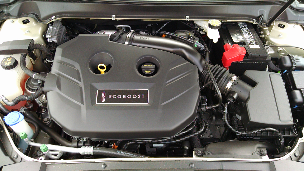 17-Lincoln-MKZ-10