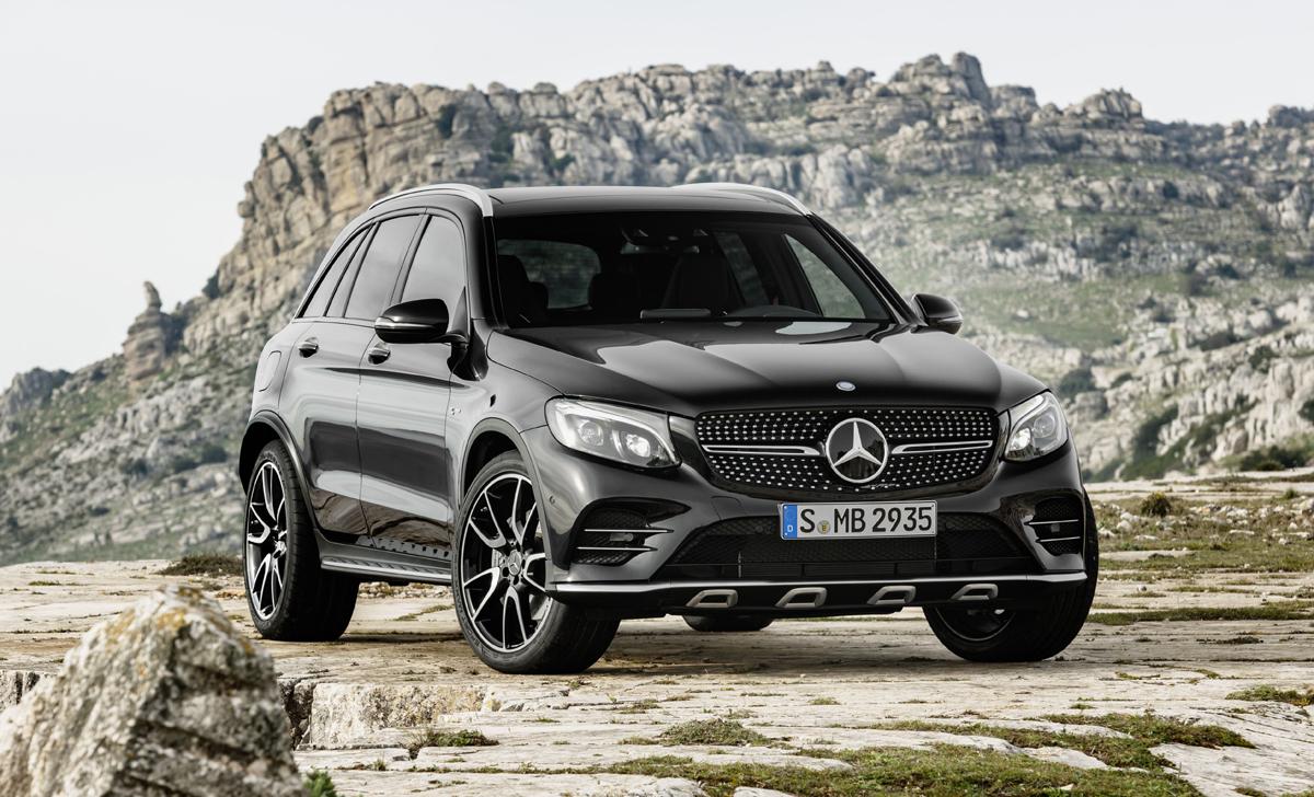 17-Mercedes-AMG-GLC43-4