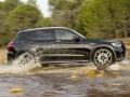 17-Mercedes-AMG-GLC43-6