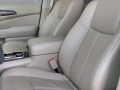 17-Nissan-Pathfinder-10