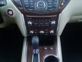 17-Nissan-Pathfinder-15