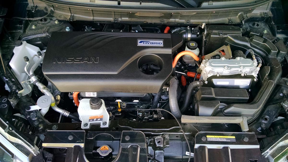 17-Nissan-Rogue-Hybrid-12