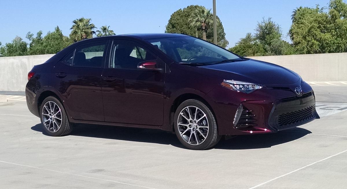 17-Toyota-Corolla-2
