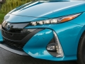 17-Toyota-Prius-Prime-6