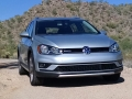 17-VW-Golf-Alltrack-8
