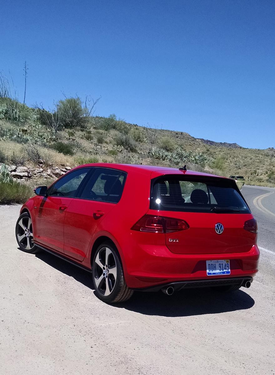 17-VW-GTI-9