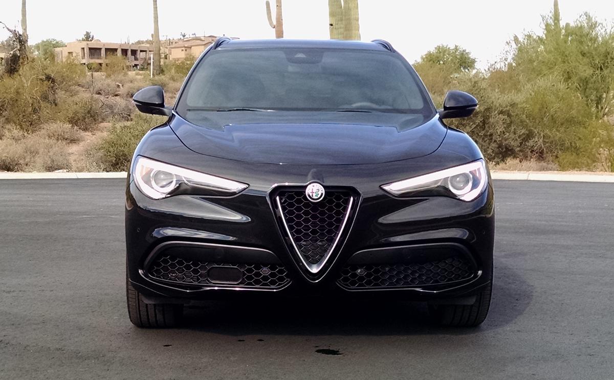 18-Alfa-Romeo-Stelvio-4