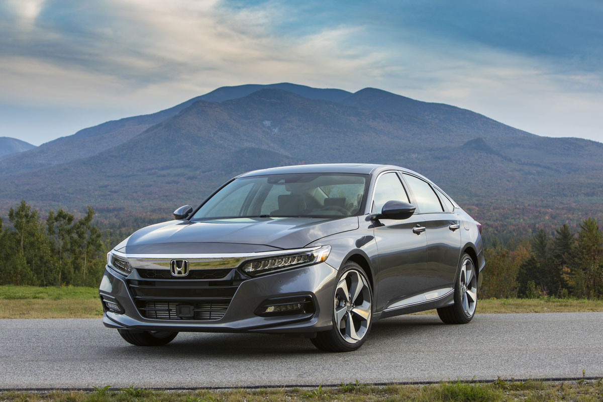 18-Honda-Accord-6