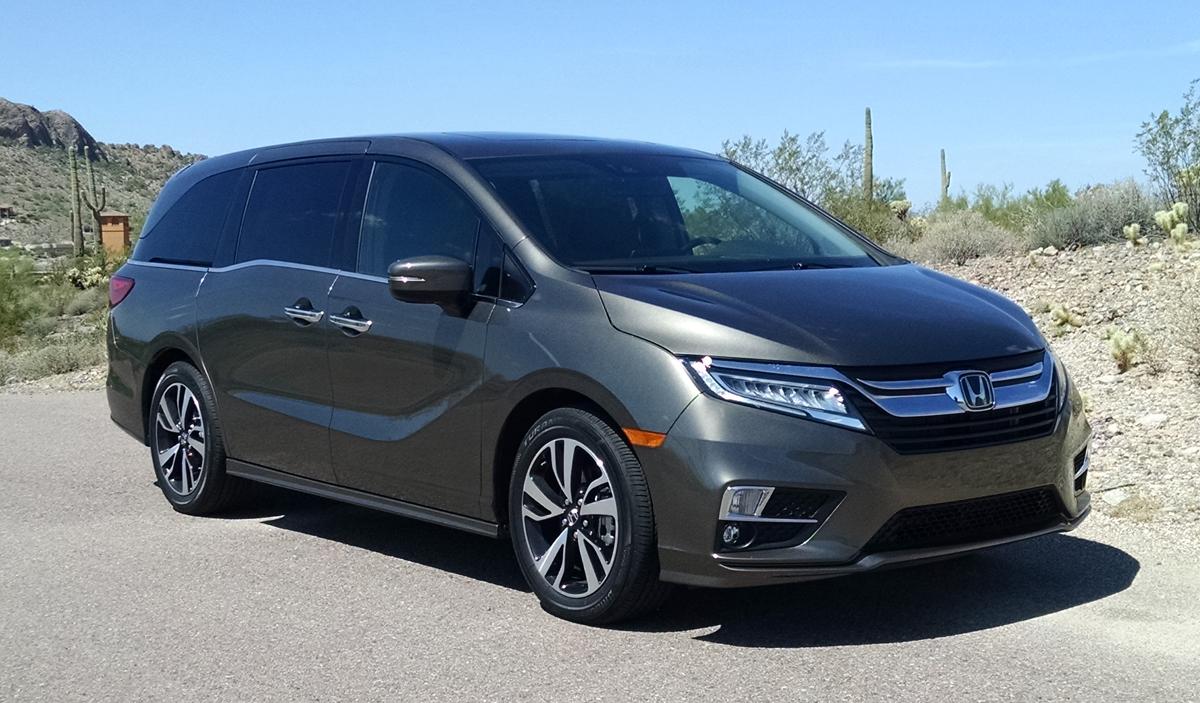 18-Honda-Odyssey-1
