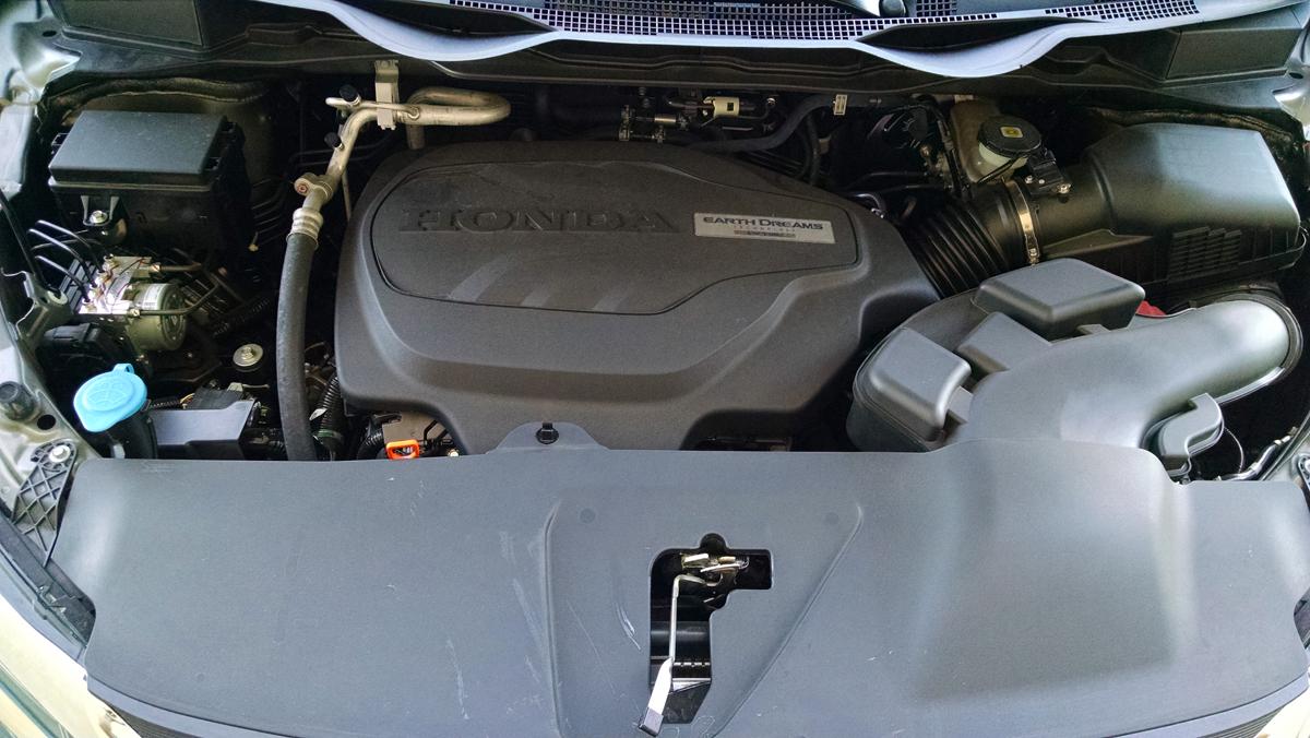 18-Honda-Odyssey-19