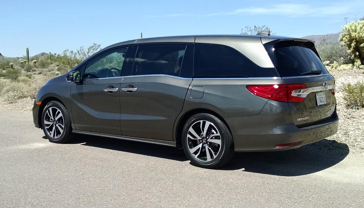 18-Honda-Odyssey-4