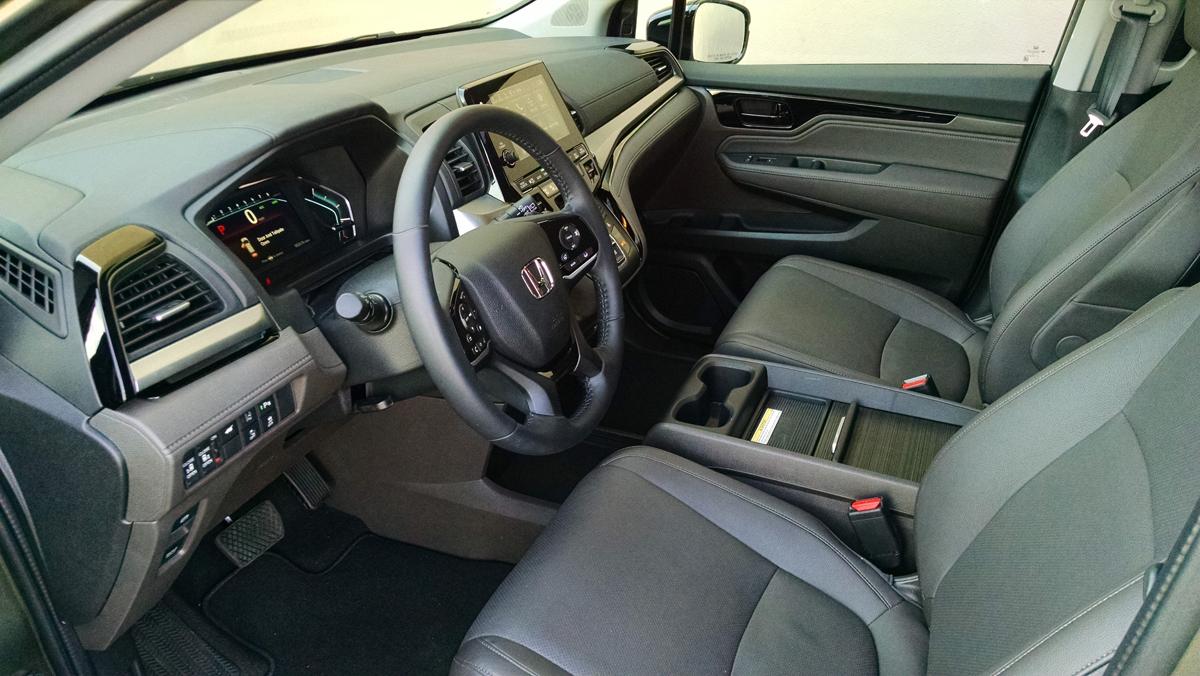 18-Honda-Odyssey-8